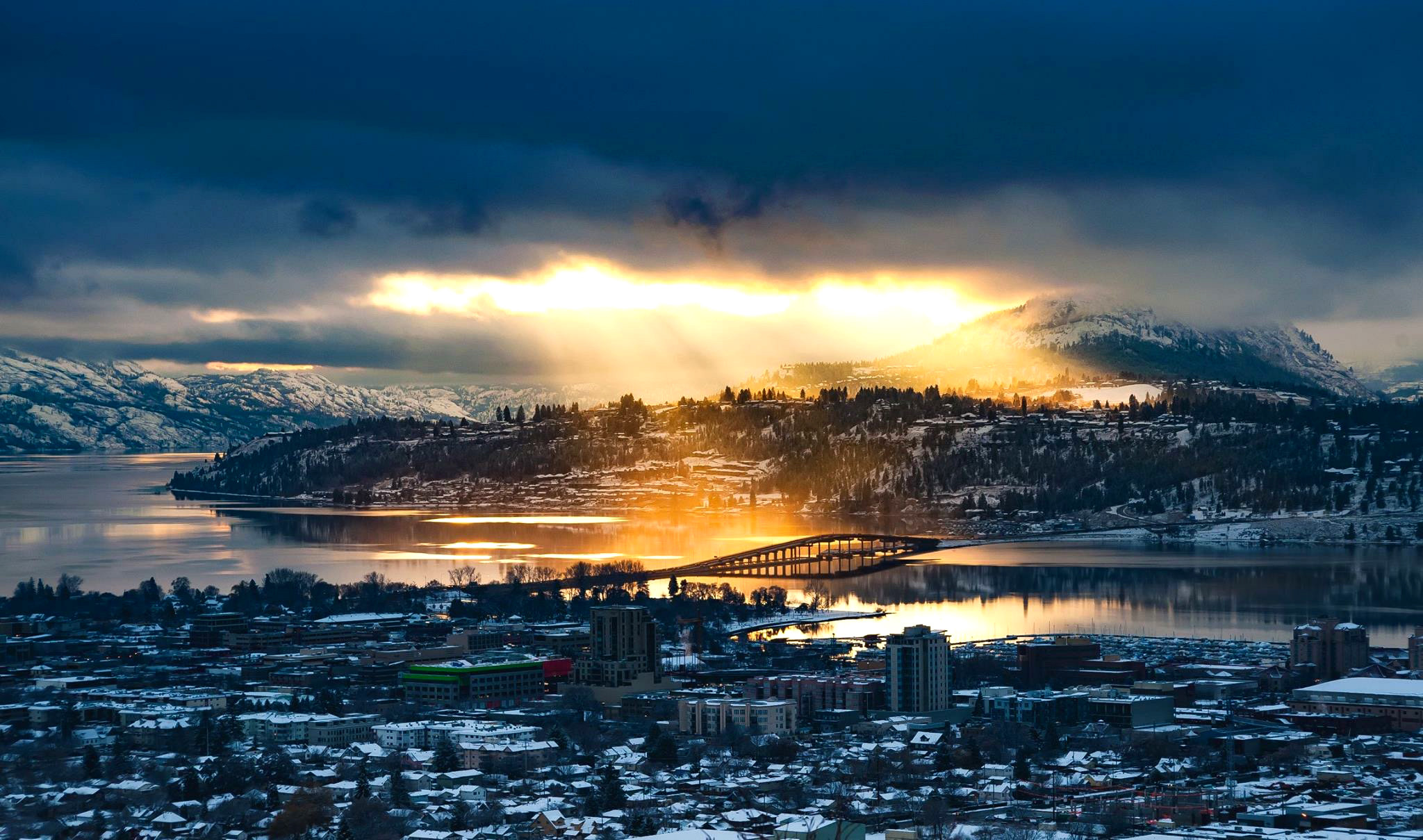 Kelowna-Off-View-2015